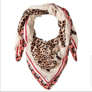Stunning Vince Camuto Leopard Love Square Scarf
